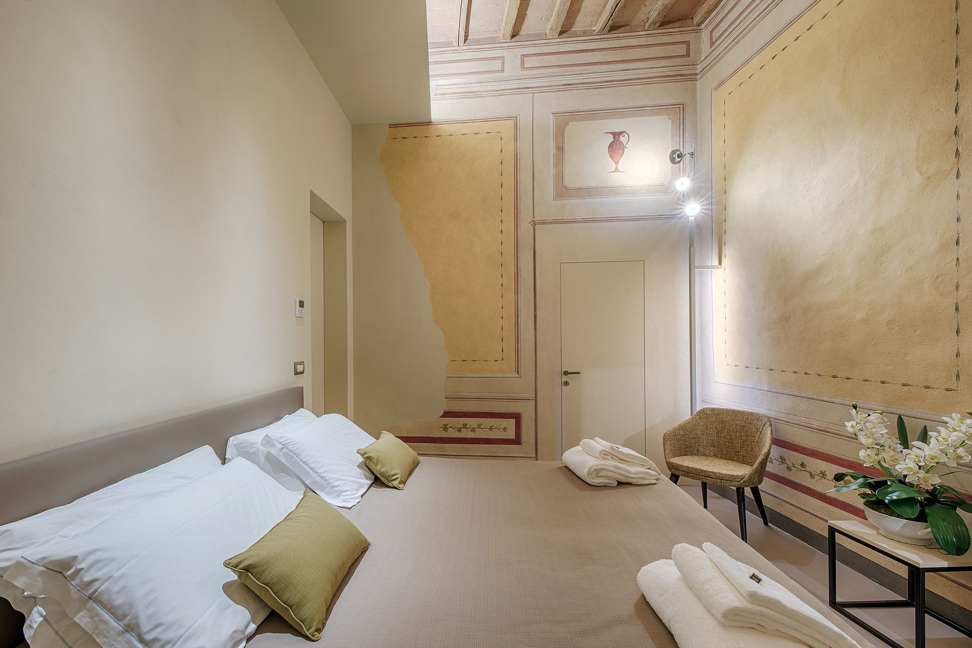 Residenza d'epoca Le Aquile - Bed and Breakfast luxury nel centro di Siena - le anfore 2