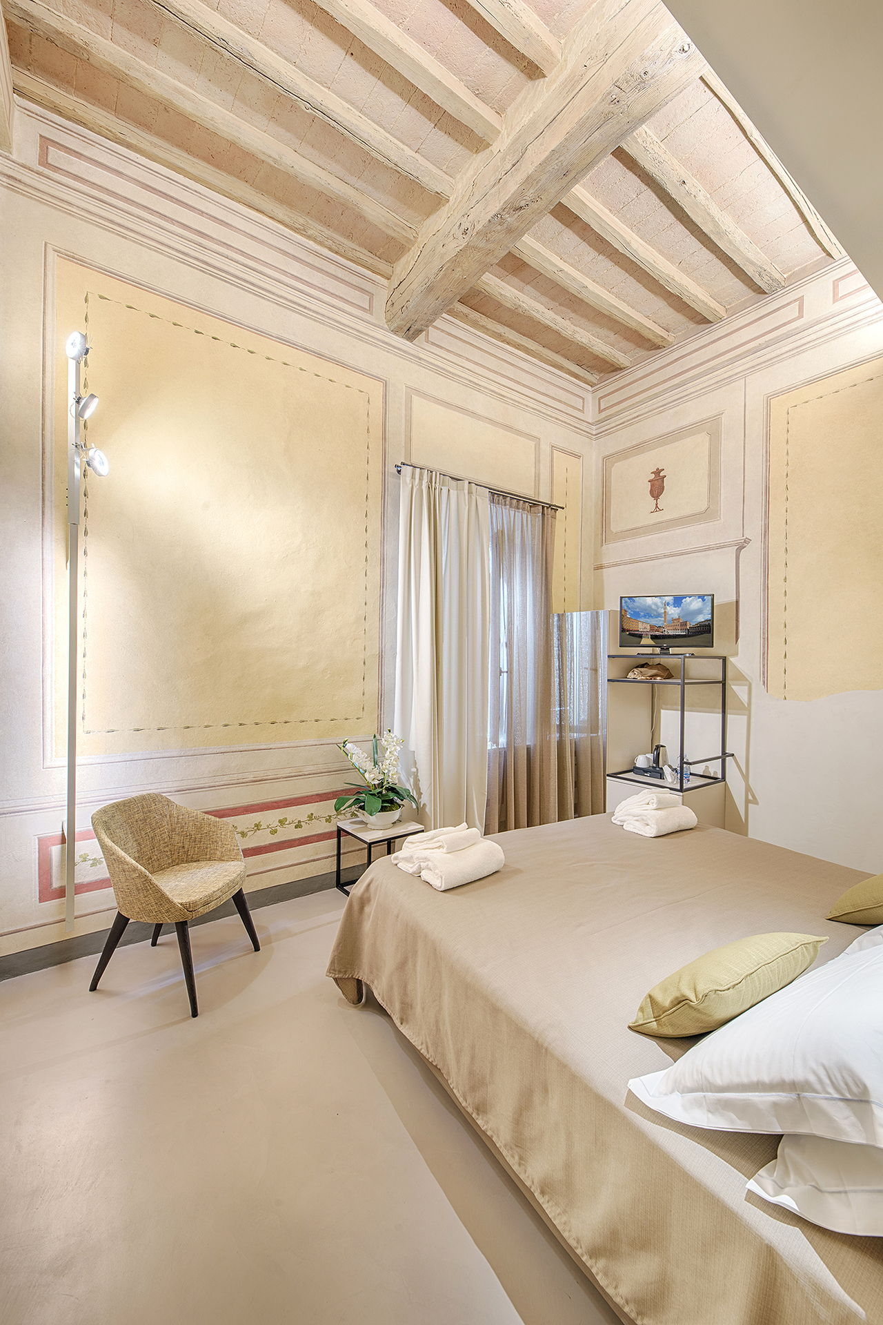 Residenza d'epoca Le Aquile - Bed and Breakfast luxury nel centro di Siena - le anfore 3
